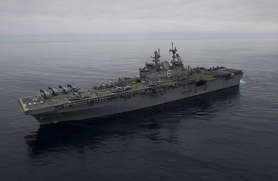 Us Navy S Largest Ever Amphibious Assault Ship Completes