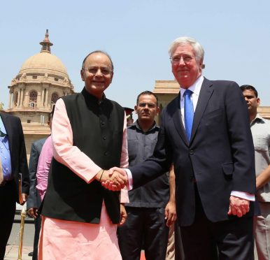 UK Defense Minister Arrives in India, With Eyes Set on Tech Transfer