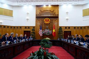 Vietnam Seeks South China Sea Assurances in Prime Minister's US Visit