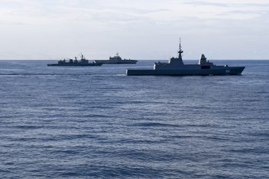 US, Singapore, Thailand Launch First Trilateral Exercise in South China Sea