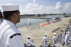 After Joint Military Exercise in South China Sea, US Warship Visits China