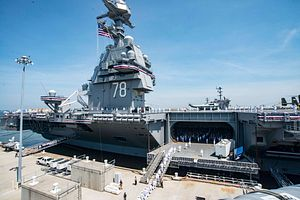 US Commissions New 100,000-Ton Supercarrier USS Gerald R. Ford