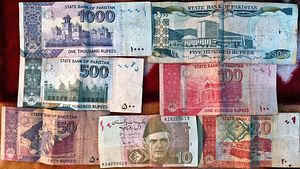 Pakistan Can No Longer Ignore Its Weakened Economy