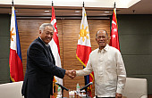 Singapore Gives Philippines Military Aid to Fight Islamic State Threat