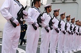 Time to Counter China and Rebuild the US Navy?