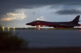 US Bombers, Fighters Fly North of Demilitarized Zone Off North Korea's Coast