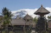 Mount Agung Rumbles, Residents Evacuate