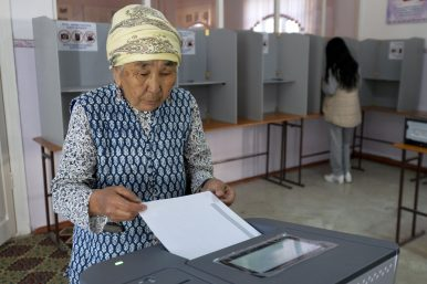 Kyrgyz Election Brings High Expectations, but Mixed Results for Voters