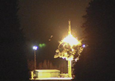 Russia Test Fires 4 Intercontinental-Range Ballistic Missiles