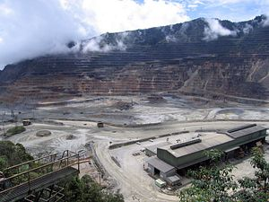 New Caledonia and Papua New Guinea: Large-scale Mines and Local-level Politics