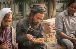 Why This Delhi Man Feeds Thousands Daily