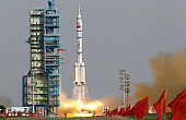 China Aims for the Moon – and Beyond