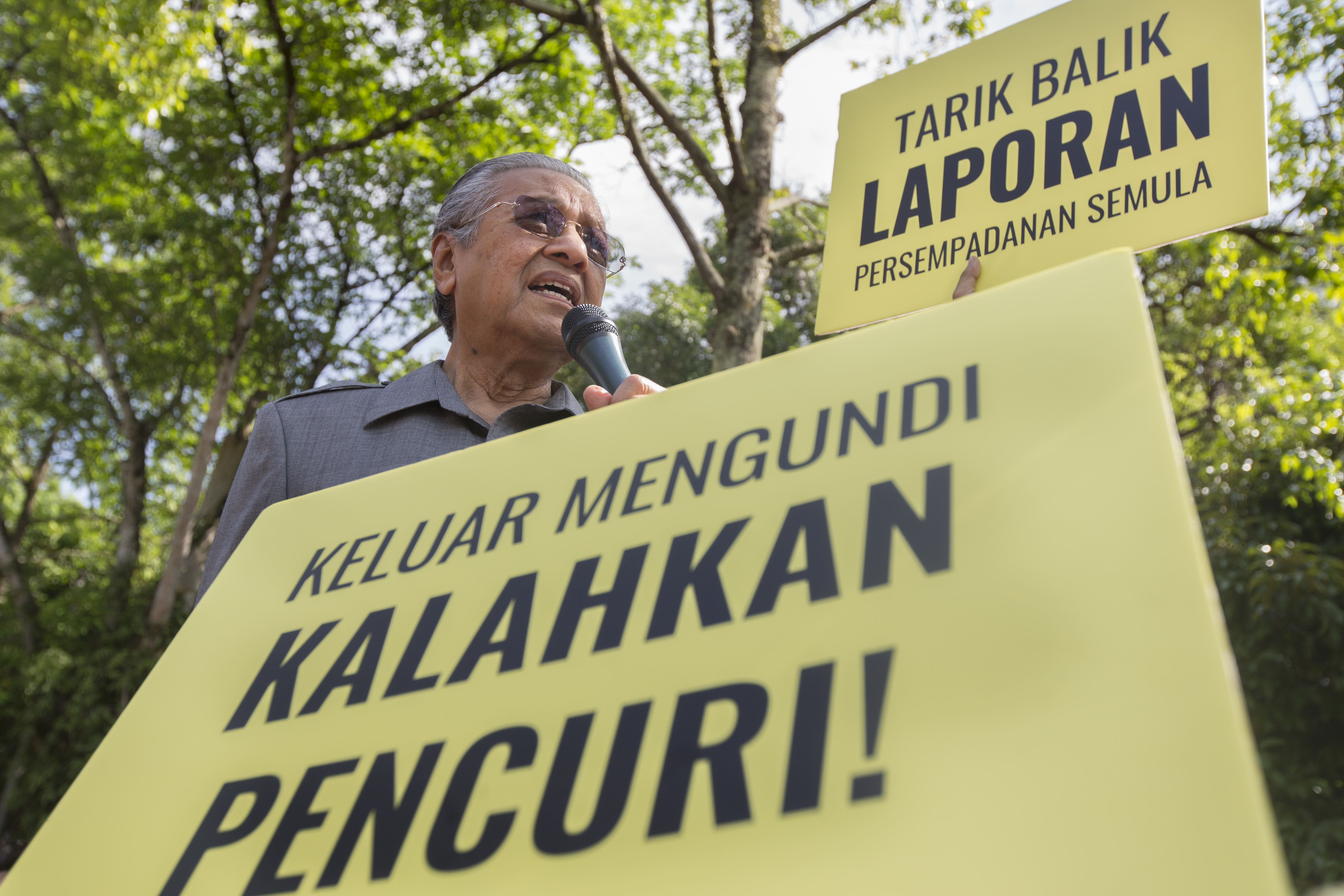 Ahead Of Elections, Malaysians Protest Controversial Laws
