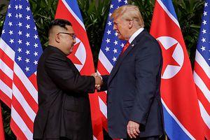 Donald Trump, Kim Jong Un Sign Joint Declaration at Singapore Summit