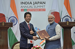 India, Japan Mull Allowing Their Armed Forces to Use Each Other's Military Bases
