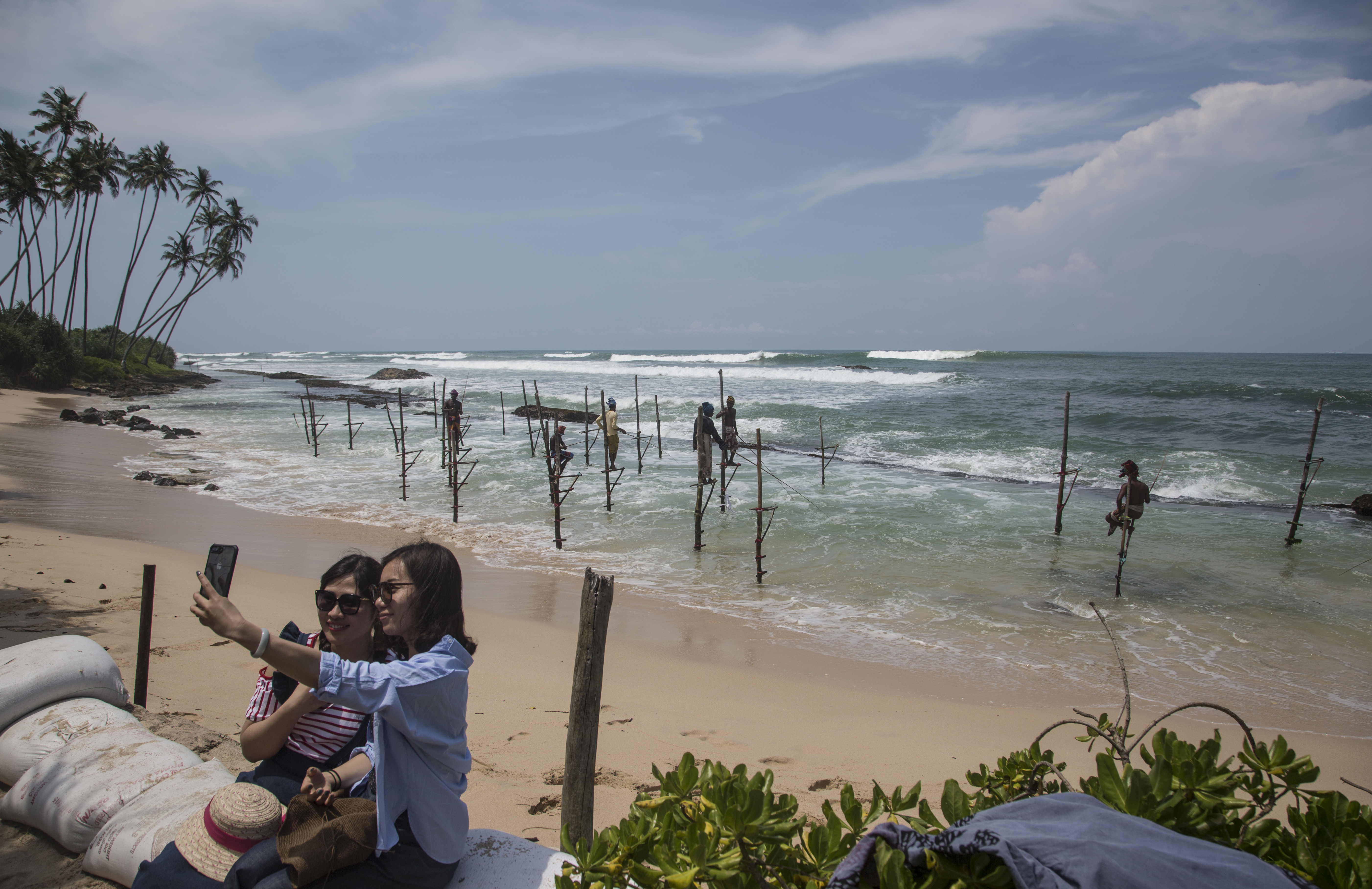 In Sri Lanka, a Dying Livelihood, a Tourist Attraction