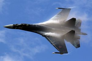 Russia Confirms Delivery of 10 Su-35 Fighter Jets to China by Year's End