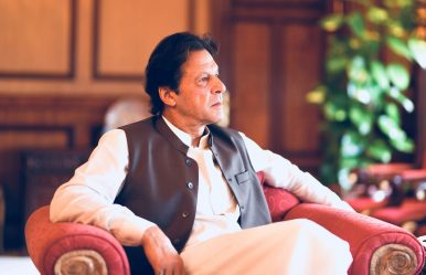 How Pakistan's Struggling Economy Creates Opportunities for Imran Khan