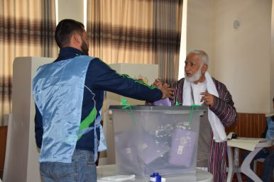 Afghan Parliamentary Elections Marred by Technical Troubles and Insecurity