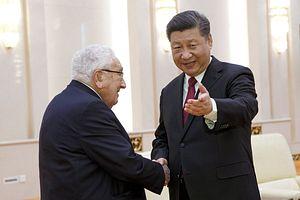 Ahead of Xi-Trump G20 Meeting, Xi Meets Foreign Policy Guru Kissinger