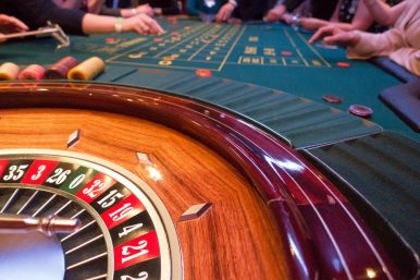 Why Is the Philippines the Home for Chinese Offshore Gambling?
