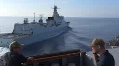 New Video Shows Moment of Near-Collision Between US and Chinese Warship in South China Sea