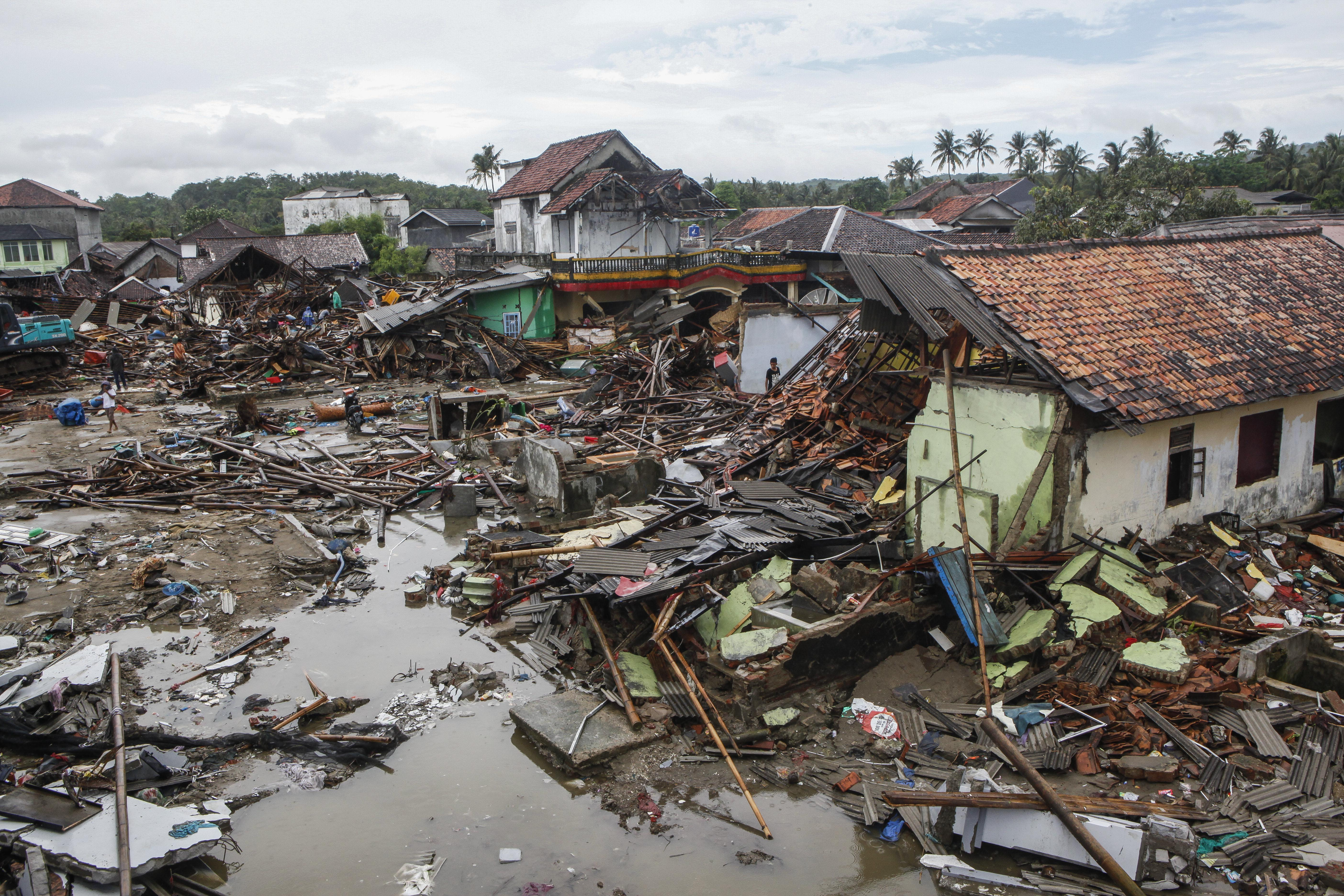 After the Tsunami in Indonesia's Sunda Strait