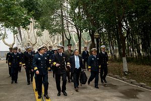 Heads of US and Chinese Navy Meet in Beijing