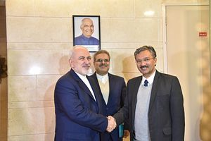 In India, Iranian Foreign Minister Discusses Sanctions, Crude Exports, and More