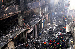 67 Reported Dead After Fire Ravages Old Dhaka