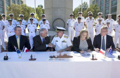 Australia, France Sign $35.5 Billion Submarine Contract
