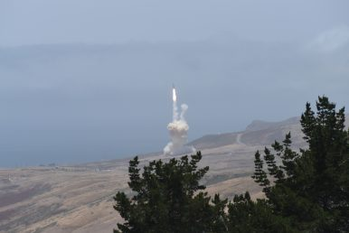 Missile Defense Milestone: US Carries Out Successful 'Salvo' Interception of ICBM Target