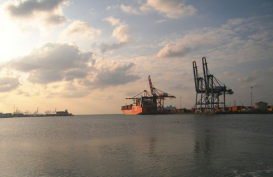 China in Djibouti: The Power of Ports | The Diplomat