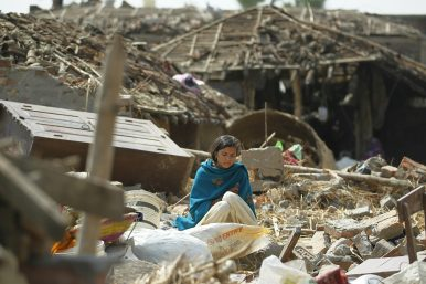 Rescuers Struggle to Reach Storm-Struck Area in Nepal as Death Toll Climbs