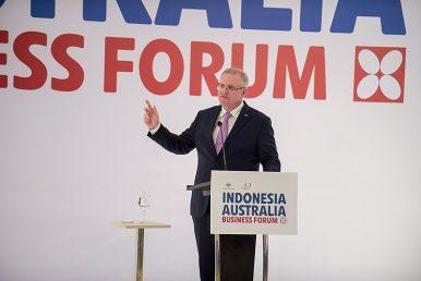 Australian Prime Minister Predicts Close Election Result