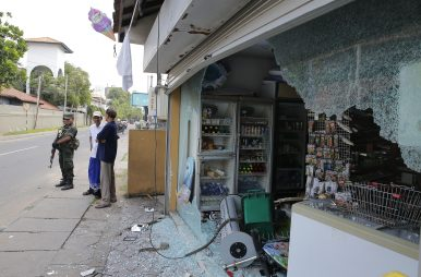 2 Arrested After Clash in Sri Lanka Town Hit by Easter Blast