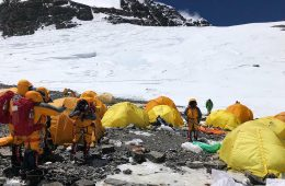 Trash Mountain: Abandoned Tents Add to Detritus on Mt. Everest