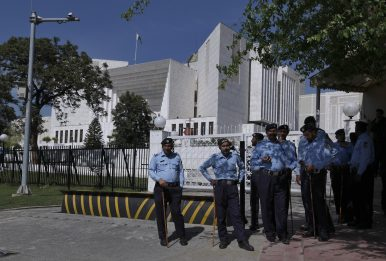 Is Pakistan Headed for Political Crisis?