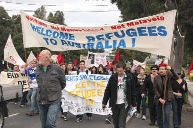 Hundreds of Refugees Protest Outside Australian Parliament
