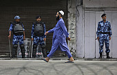 Indian-Controlled Kashmir Under Strict Lockdown for 9th Day