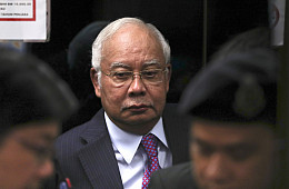 Malaysian Judge Postpones 2nd Corruption Trial for Former PM Najib
