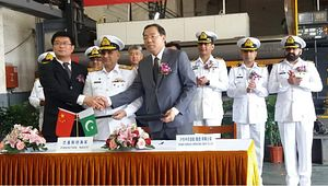 China Kicks Off Construction of Pakistan's Third, Fourth Type 054A Missile Frigates