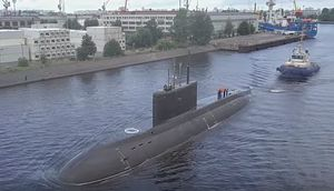 First Project 636.3 Kilo-Class Attack Sub Enters Service With Russia's Pacific Fleet