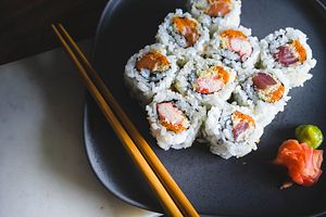 Butter Chicken Sushi: A Mixing of Tradition and Innovation in Indian Cuisine