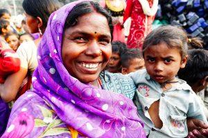 Women Emerging as Leaders in Fixing India's Slums
