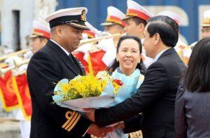 UK Navy Vessel Vietnam Visit Highlights Defense Cooperation