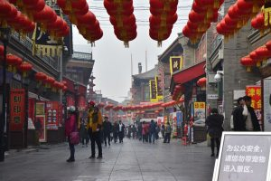 What's Behind China's 'Street-Stall Economy' Discussion?