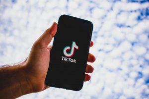 Pakistan Warns Chinese TikTok, Blocks Singaporean Bigo Live App