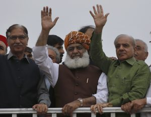 Why Can't Pakistan's Opposition Parties Remove the Khan Government?