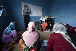Malaysia Group Teaches Refugee Women how to Read and Write